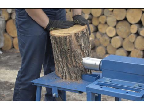 Особенности эксплуатации бытовых дровоколов и веткоизмельчителей