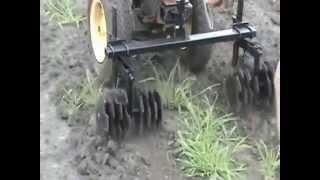Плоскорез-рыхлитель испытания в поле