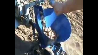 Работа картофелесажалки
